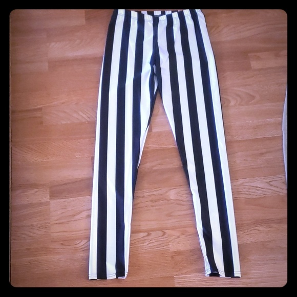 Pants - Black and White Vertical Striped Leggings
